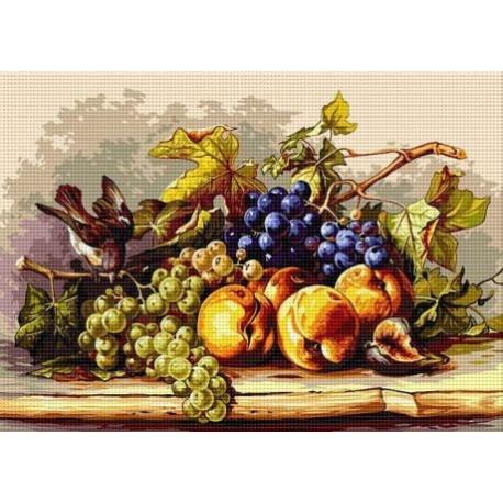 Натюрморт с врабче и плодове